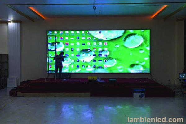 màn hình led P4 trong nhà